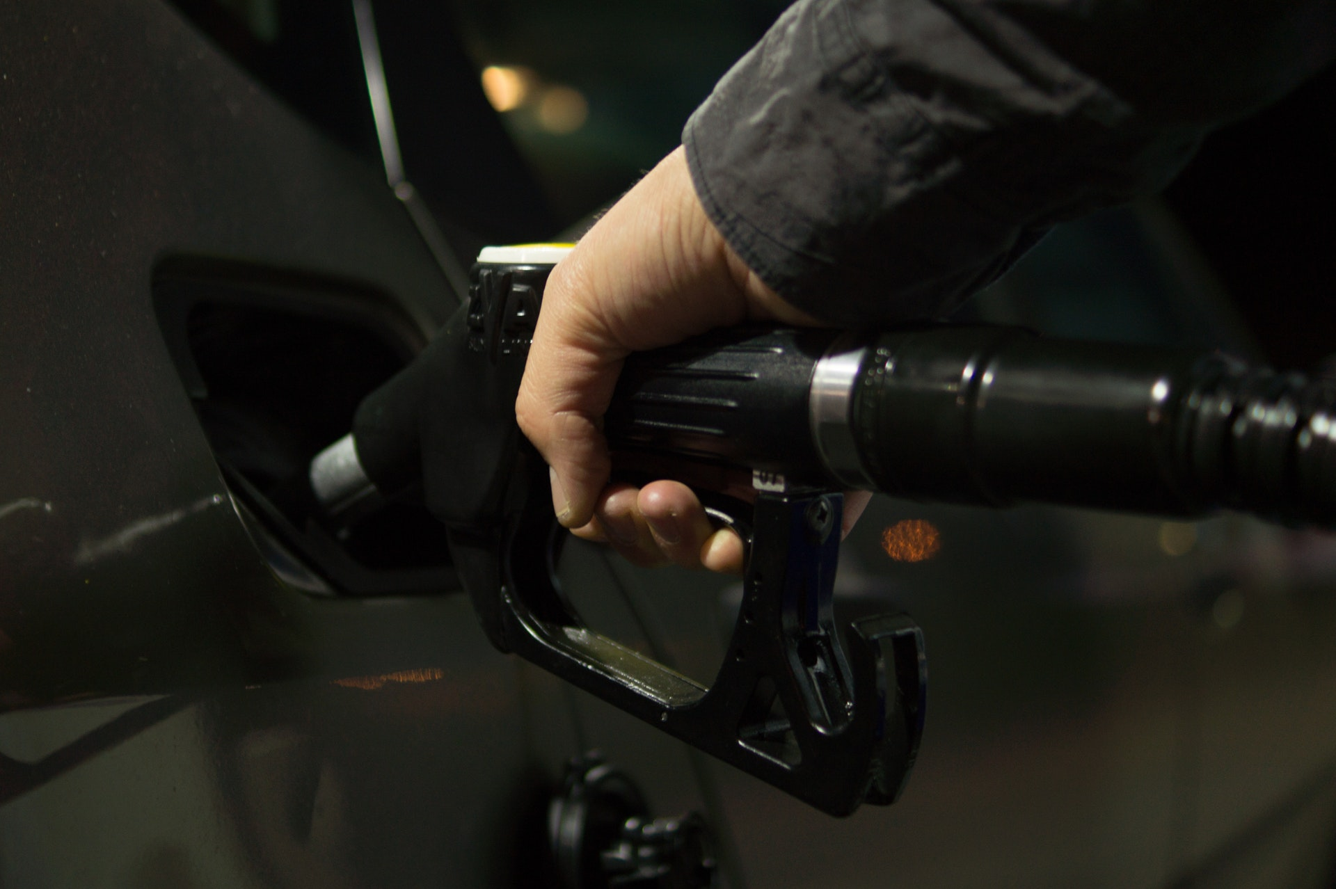 Fleets face fuel cost double whammy from high oil price and de-dieselisation, warns TMC